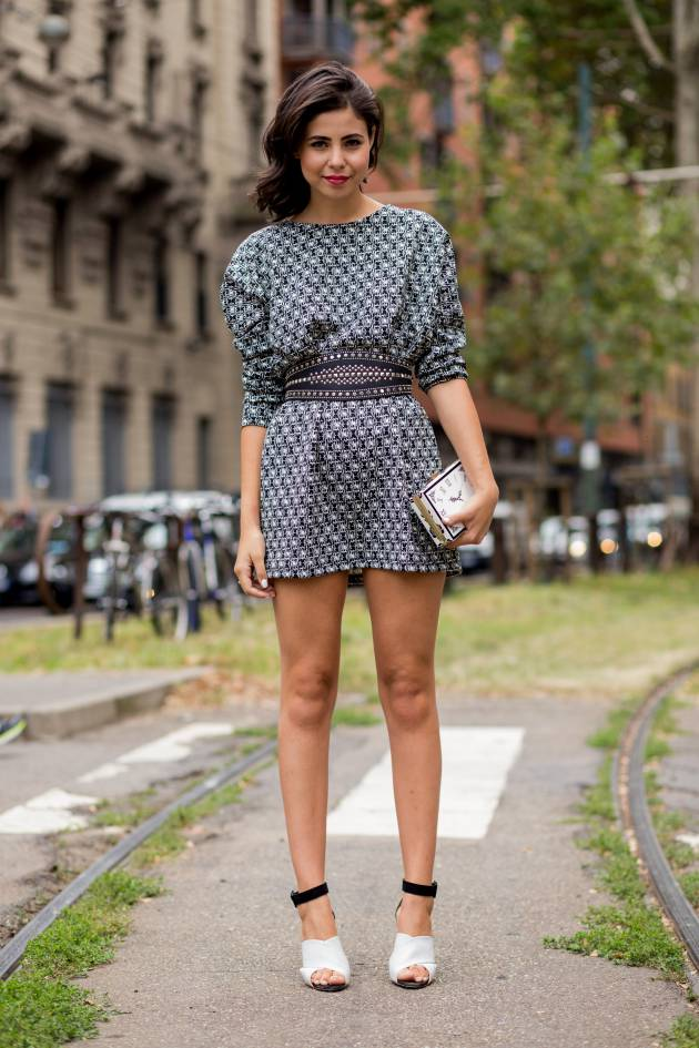 Streetstyle: la media melena con un side hair ondulado